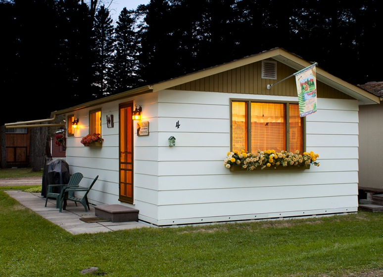 B012-840-cabin